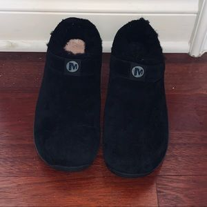 Merrell black Suede and faux fur mule